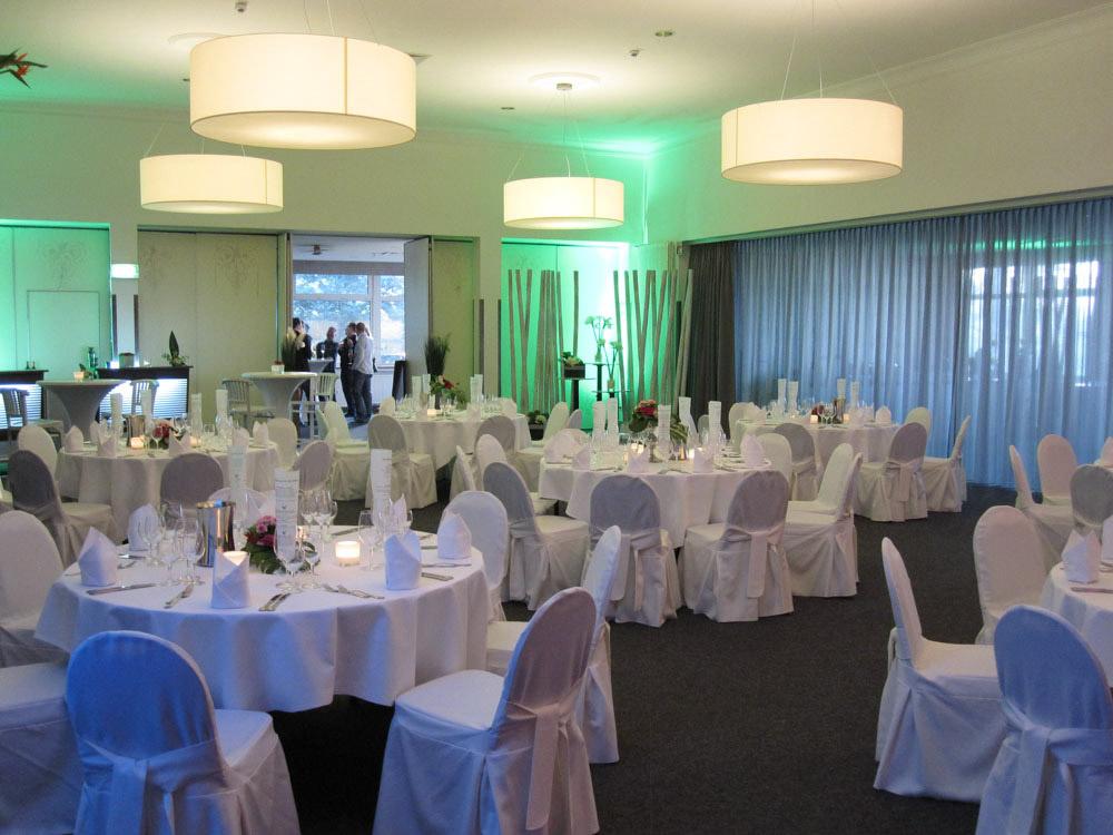 Fur Hochzeitsfeier Eingedeckte Tische Schutzenhaus Remscheid
